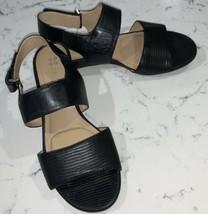 Naturalizer Lanna Black Leather/Man Made Slingback Sandals Size 7W GUC (No box) - $28.70