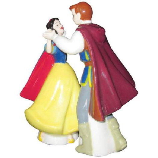 Disney's Snow White and Prince Dancing Ceramic Salt & Pepper Shakers Set UNUSED