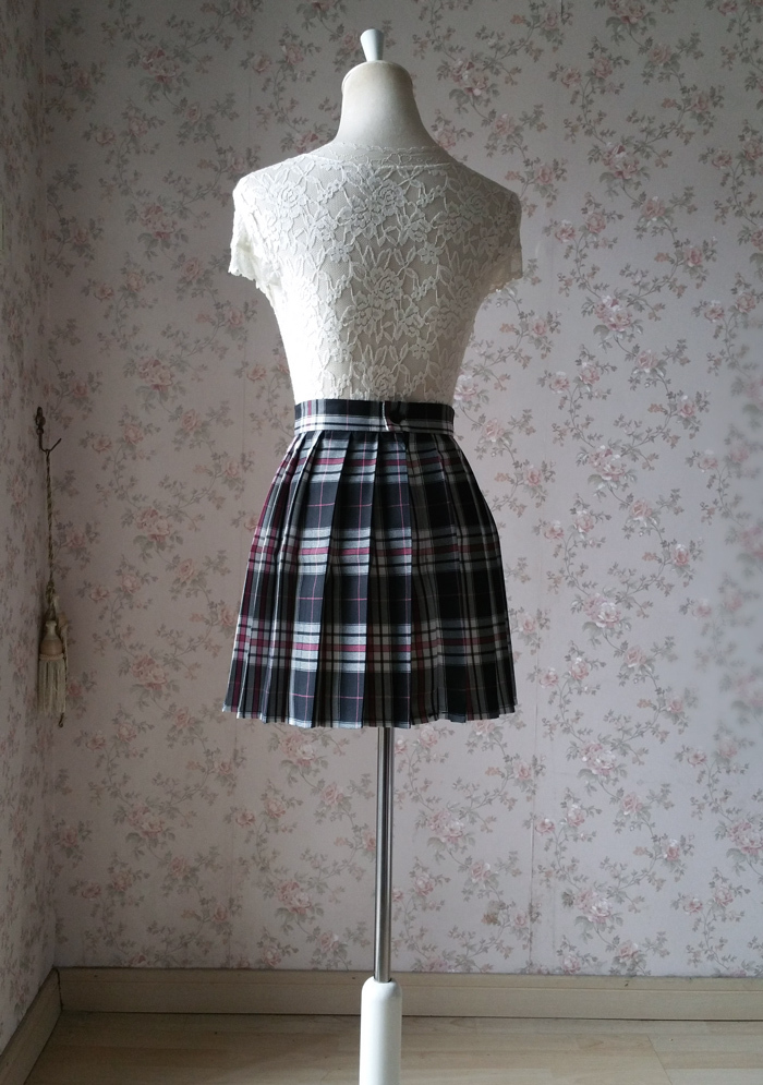 Plaid skirt black pink 5
