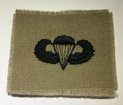 Vietnam Era Cut Edges Paratrooper Wings Insignia Tan Uncut Patch - $9.49