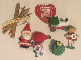 Christmas Ornament Lot Of 8 Decorations - $14.84