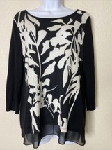 Chico's Womens Size 1 Black & White Floral Knit Blouse 3/4 Sleeve Boat Neck - $19.80