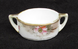 Nippon hand painted salt cellar small moriage edge white with flowers - $6.44