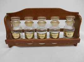 Old Vtg SPICE BOTTLE WOOD RACK HOLDER SPICES Kitchen Decor 5 Glass Bottles - £22.78 GBP