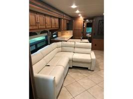 2014 Winnebago ADVENTURER 38Q For Sale In Athens, TX 75752 image 2