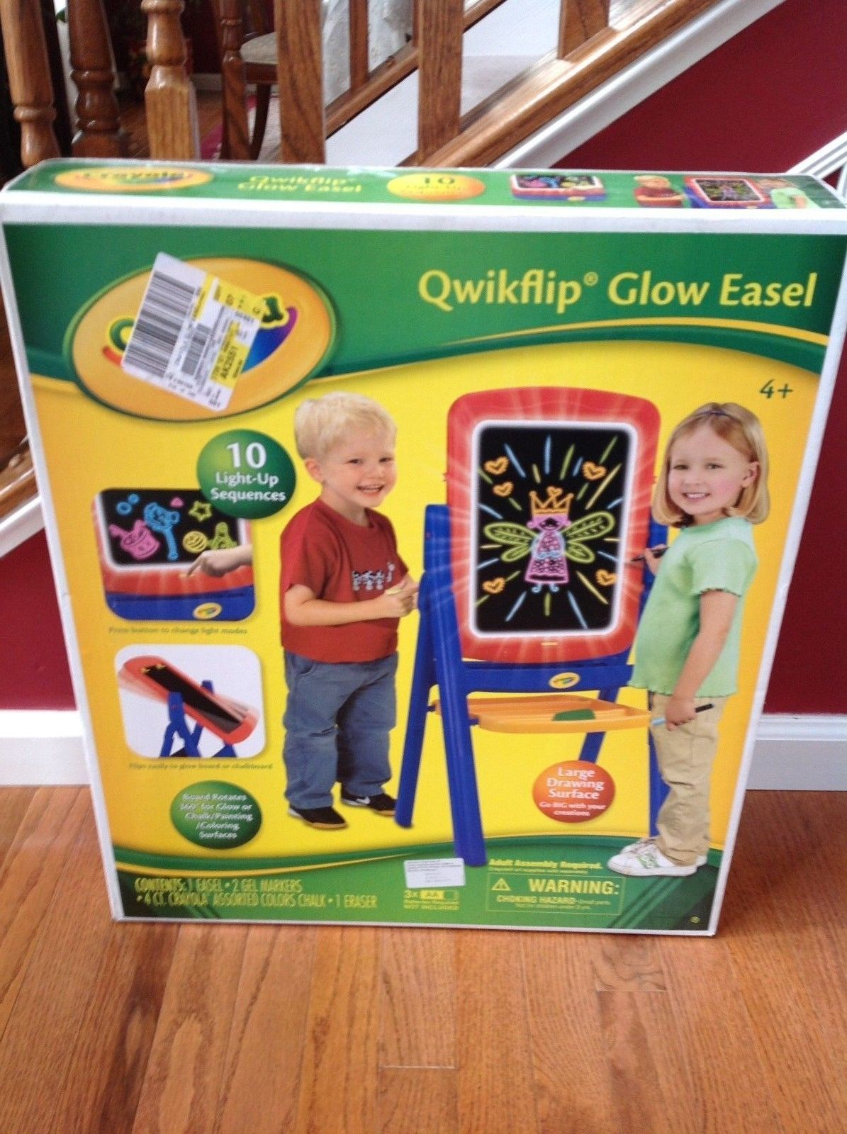 Primary image for Crayola Qwikflip Glow Easel 10 Light-up Sequences Chalk Board Age 4+