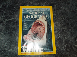 National Geographic Magazine April 2000 Great White - $2.99