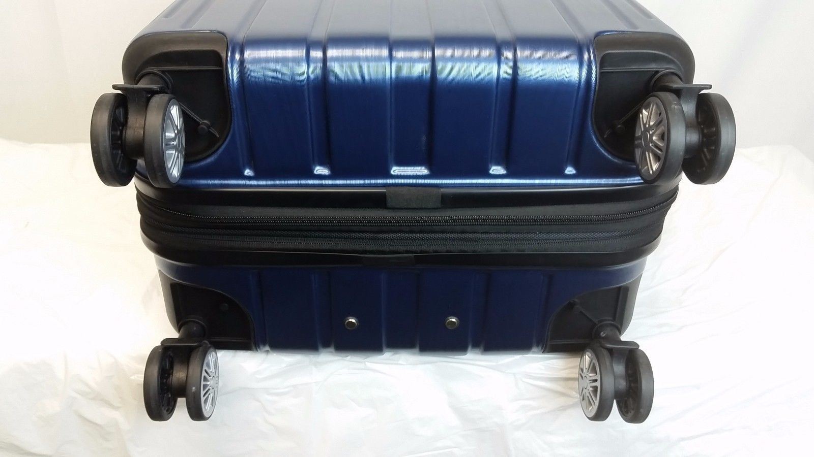 "Traveler's Choice PASADENA 2PC  Luggage Set 26"" & 22"" Hardside Spinner  Blue"
