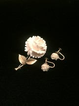 Vintage Krementz rose and gold leaves brooch and screw back earrings