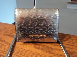 Michael Kors Money Pieces Champagne Silver Flap Credit Card Holder Leath... - £39.39 GBP