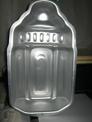 Primary image for Wilton Baby Bottle Cake Pan (2105-1026, 2008)