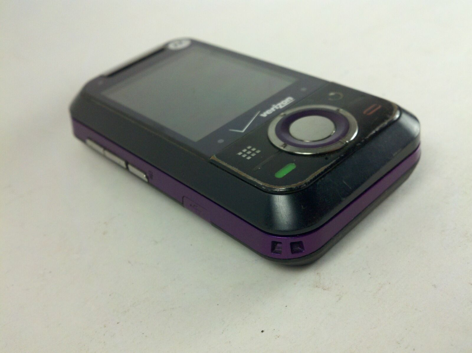 Motorola Verizon Model Rival A455 Purple & Black Cell Phone with Page Plus image 2