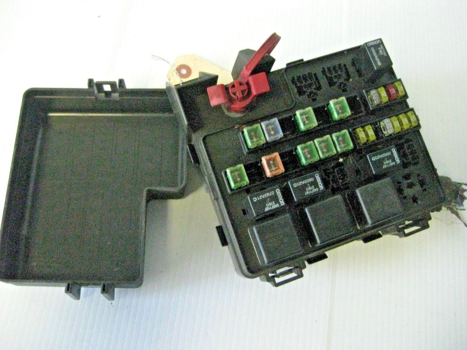 chrysler sebring lxi 2002 engine fuse box oem p0468819ad. Black Bedroom Furniture Sets. Home Design Ideas