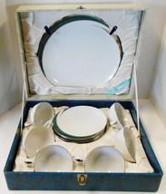 VINTAGE LIMITED GLASS PICNIC DISH SET SERVIC FOR 6 IN HARD CASE 1950 -60'S  - $34.65