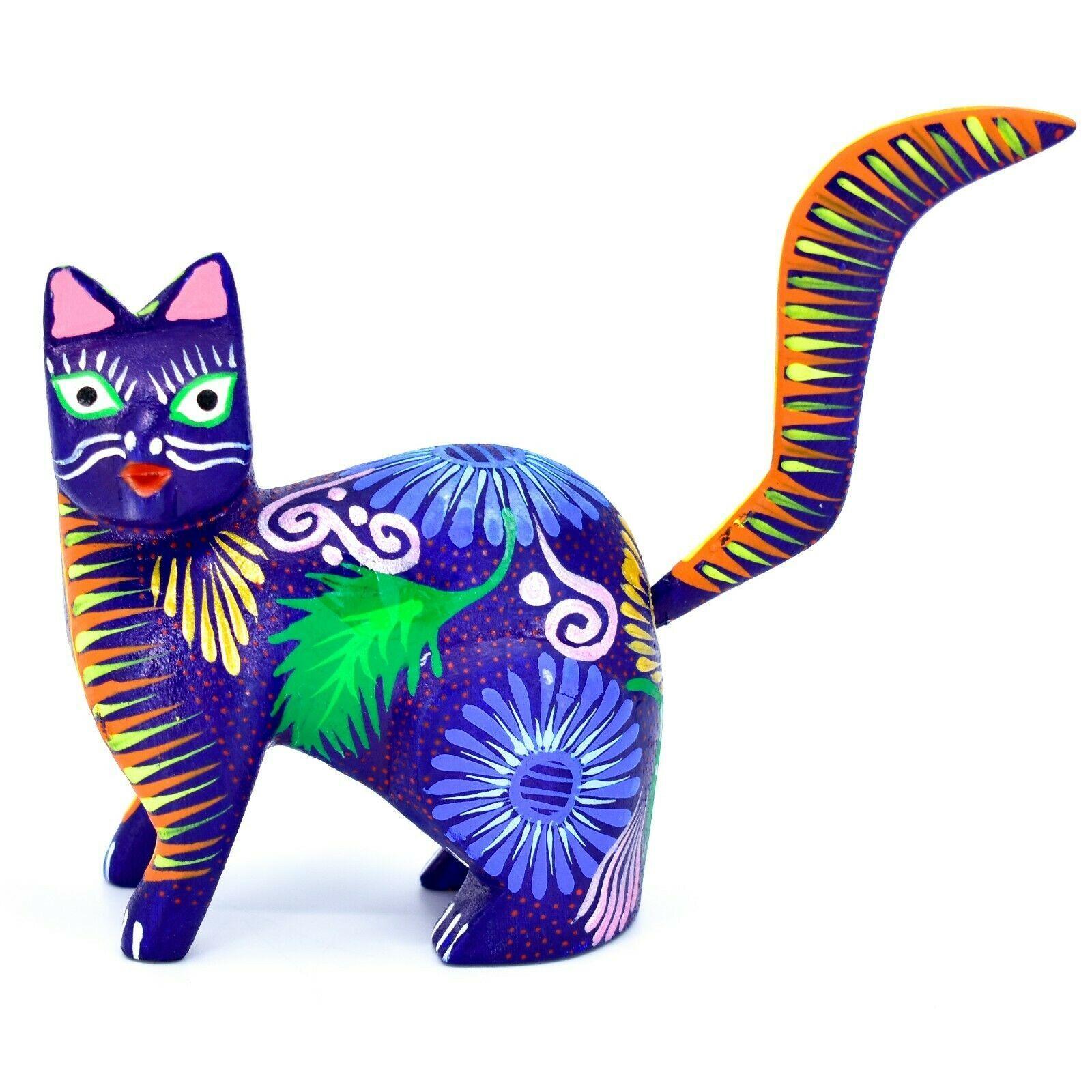Handmade Alebrijes Oaxacan Copal Wood Carving Painted Cat Kitten Figurine