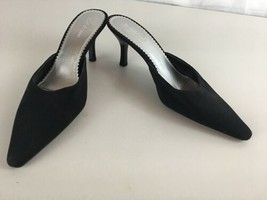 4286b43531de5 Liz Claiborne Shoes: 1 customer review and 117 listings
