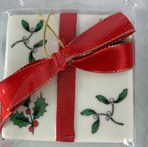 Spode Christmas Tree Ornament Present Package No Date - $14.80
