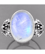 Special Sale, Beautiful Moonstone Ring, Size 9 US, 925 Silver, Handmade - $18.40