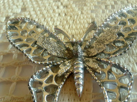 Vintage Signed Sarah Coventry Beautiful Silver Tone Butterfly Pin Brooch - $9.00