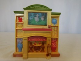 Fisher Price Loving Family Doll House Fireplace Musical Light Up 3 Songs 2006 - $11.91