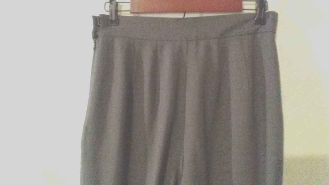 LIZ CLAIBORNE 12 DRESS PANTS 100% WOOL GRAY CAREER LINED TAILORED TROUSER SLACKS