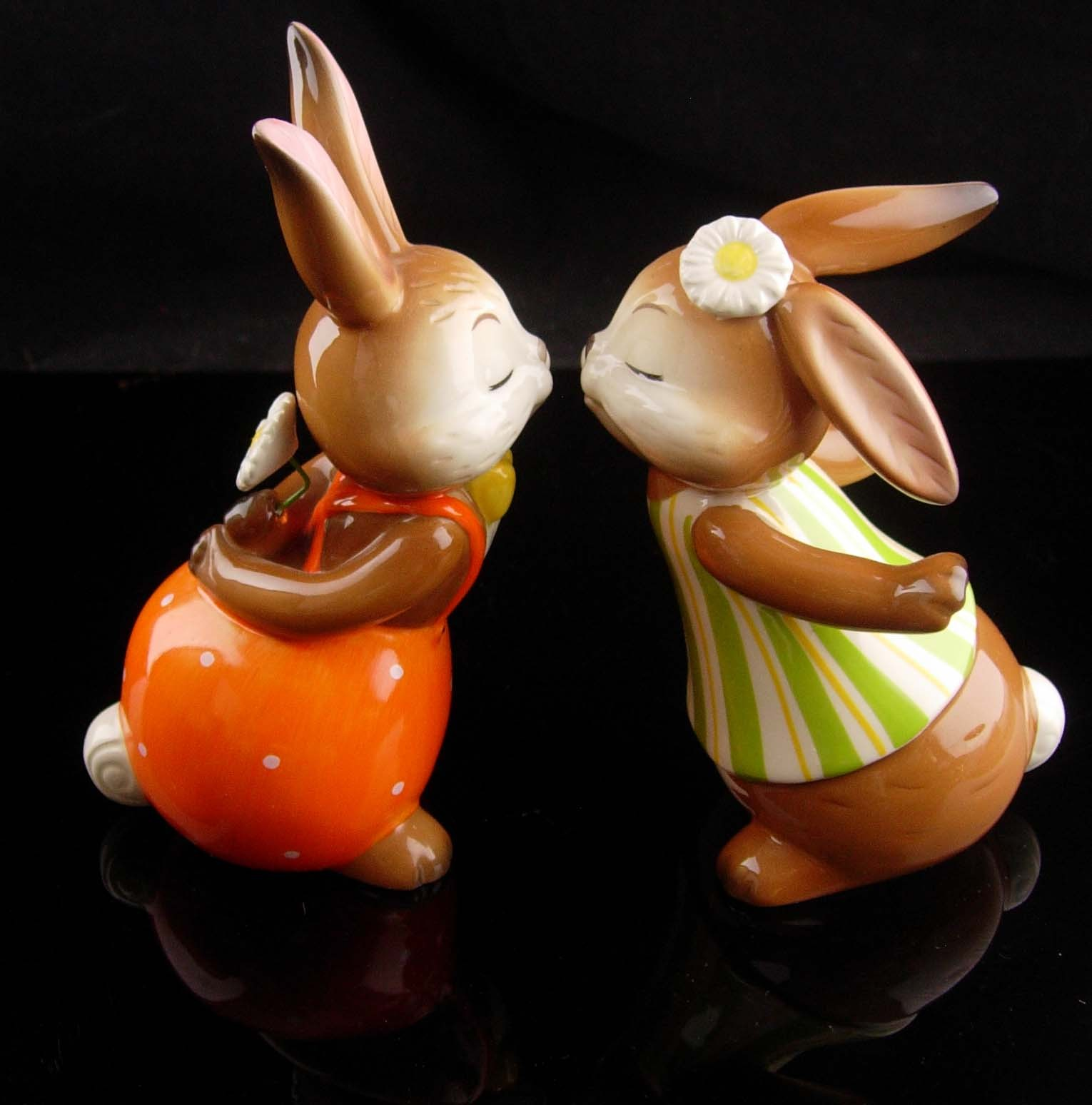 Vintage kissing bunny goebel - new mom gift - mothers day gift - german figurine image 2