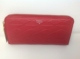 Fossil Sydney Zip Clutch Real Red - $48.99