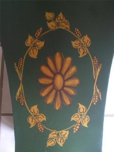 "Green Metal Larger Planter Pot Container Golden Bronze Feet Floral 13""T x 10""W"
