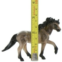 Hagen Renaker Miniature Horse Mustang Stallion Light Bay Ceramic Figurine Boxed image 2