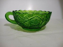 Green Quintec Heritage Handled Nappy LE Smith Glass - $10.99