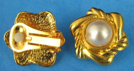 Earrings Gold Plated Swirl Faux Pearl Clips Mid Century 1970s Fashion Pr... - $18.00