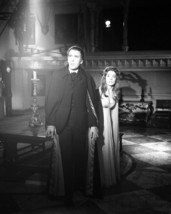 Barbara Shelley Christopher Lee Dracula: Prince of Darkness 16x20 Poster Hammer - $19.99