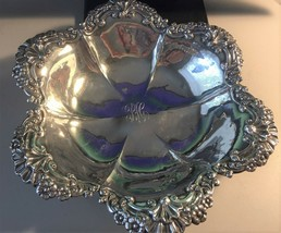 Lovely Vintage Smith Patterson sterling silver serving bowl - $354.37