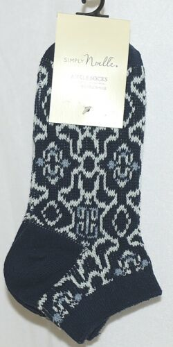 Simply Noelle Brand Navy Blue White Color One Size Fits Most Womens Ankle Socks
