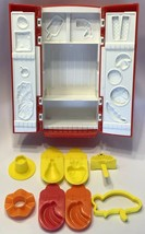 Hasbro Playdoh Fun With Food Fix in Fridge Refrigerator Red with Molds - $19.55