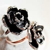 Statement Ring Alloy Simulated Diamond Golden Flower - 1x Chosen at Random
