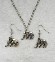 ELEPHANT EARRINGS & NECKLACE   >> COMBINED SHIPPING <<   (5608) - $3.91