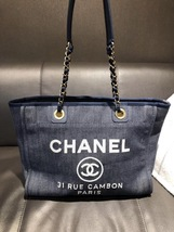 AUTHENTIC CHANEL DARK BLUE DENIM MEDIUM CANVAS DEAUVILLE 2 WAY TOTE BAG