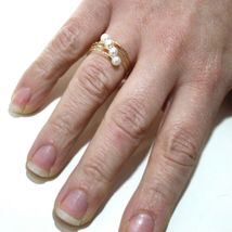 18K YELLOW GOLD MAGICWIRE BAND RING, ELASTIC WORKED MULTI WIRES, DIAGONAL PEARLS image 3