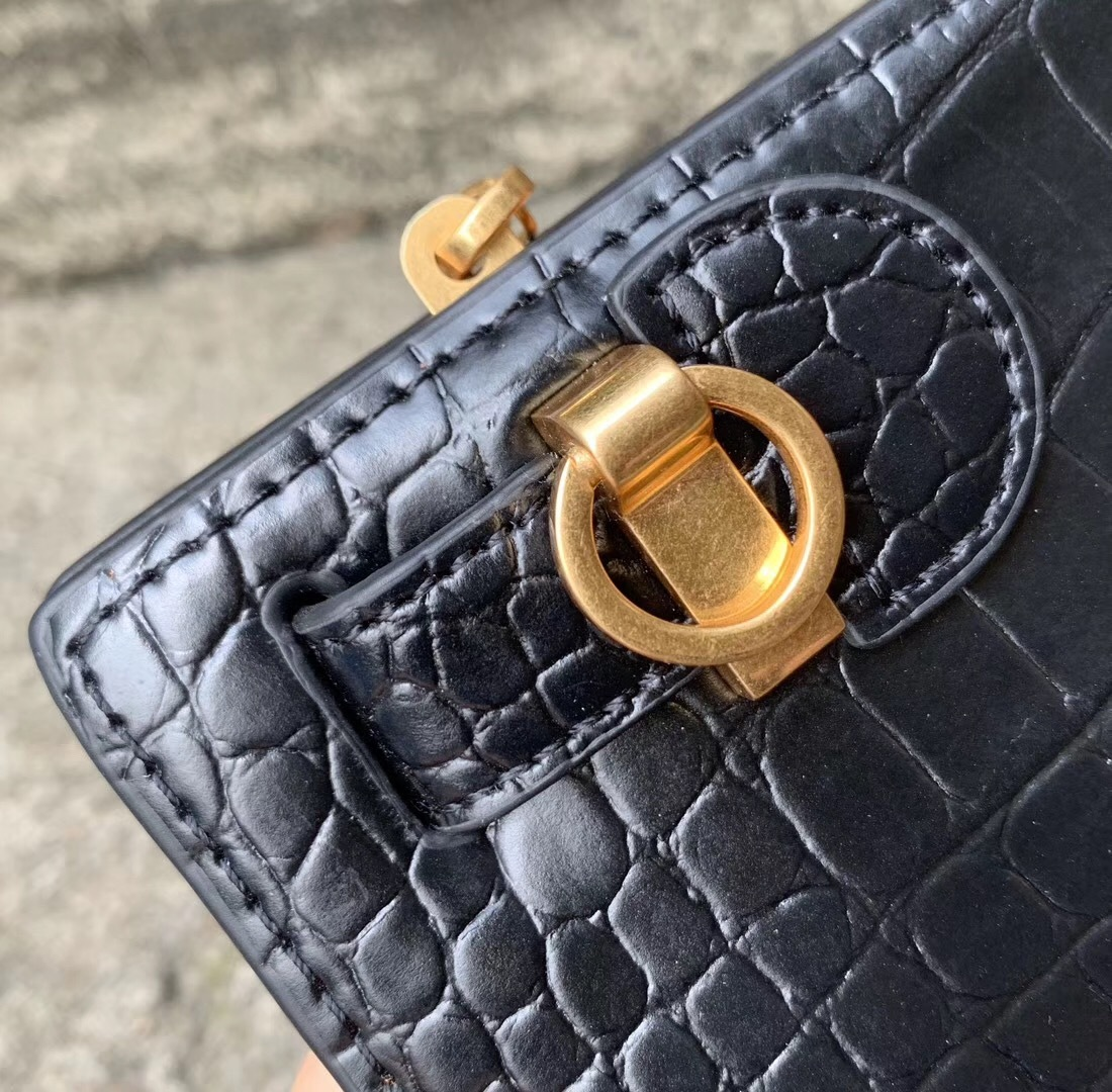 Tory Burch Lee Radziwill Embossed Leather Shoulder Bag