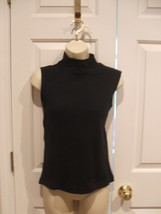 NEW IN PKG J.L. PLUM BLACK  RIBBED SLEEVELESS TOP   SIZE SMALL - $11.13