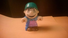 Peanuts Gang Linus Vinyl Soft Plastic Toy Blue Blanket Figurine - $4.00
