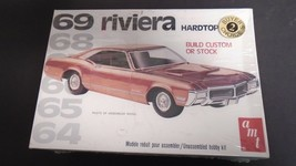 AMT 1969 BUICK RIVIERA STOCK OR CUSTOM ©1996 ISSUE PLASTIC MODEL CAR KIT... - $28.95