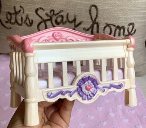 Primary image for Fisher Price Naptime Crib Pink White Crib 2006 Used Toy Kids Play Nice Condition