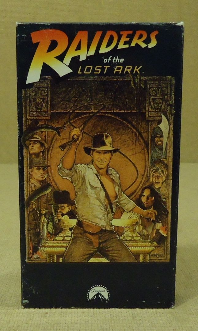 Paramount Raiders Of The Lost Ark VHS Movie  * Plastic Paper