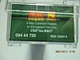 Micro-Trains Stock # 09444720  CSX/ex B&O 3- Bay Hopper CSX Family Series (N) image 9