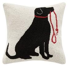 Peking Handicraft Lab and Leash Hook Pillow, Black/Red - €45,92 EUR
