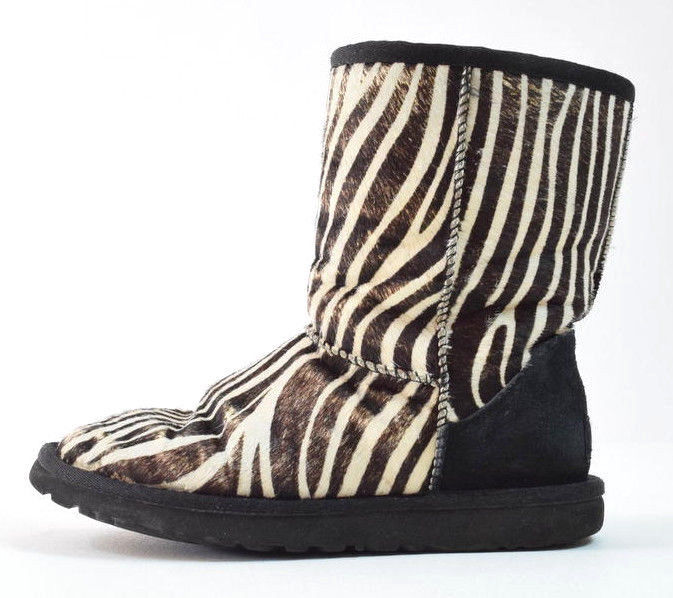 UGG AUSTRALIA Zebra Stripe Calf Hair On Leather Shearling Fur Lined Boots Size 6