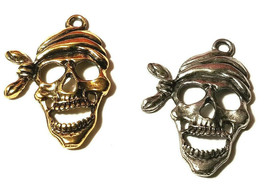 Large Pirate Skeleton Skull Fine Pewter Pendant 19.5mm L x 22.5mm W x 2.5mm D