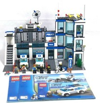 LEGO 7498 City Police Station 99.99% Complete w/ Book 2,3,4 Instructions... - $112.68